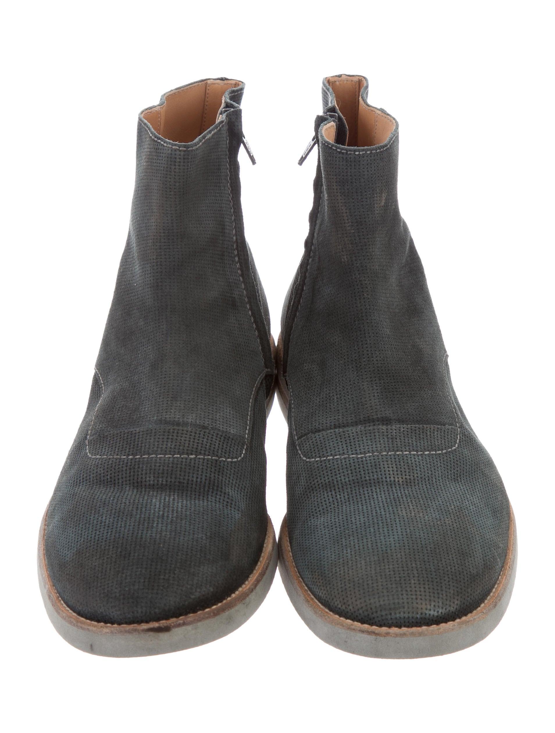 maison margiela distressed suede boots shoes mai29752