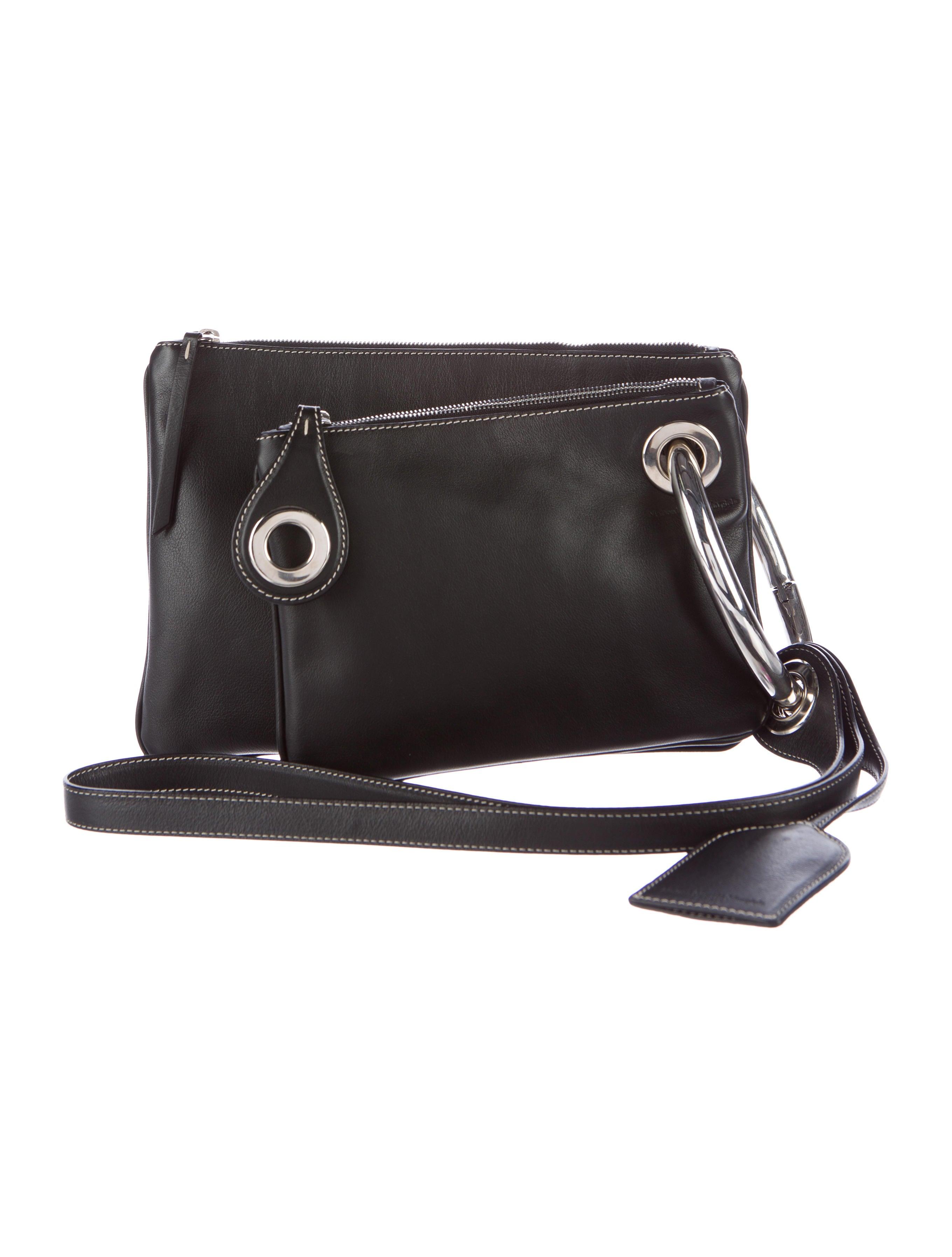 maison margiela leather clutch duo handbags mai29900 the realreal. Black Bedroom Furniture Sets. Home Design Ideas