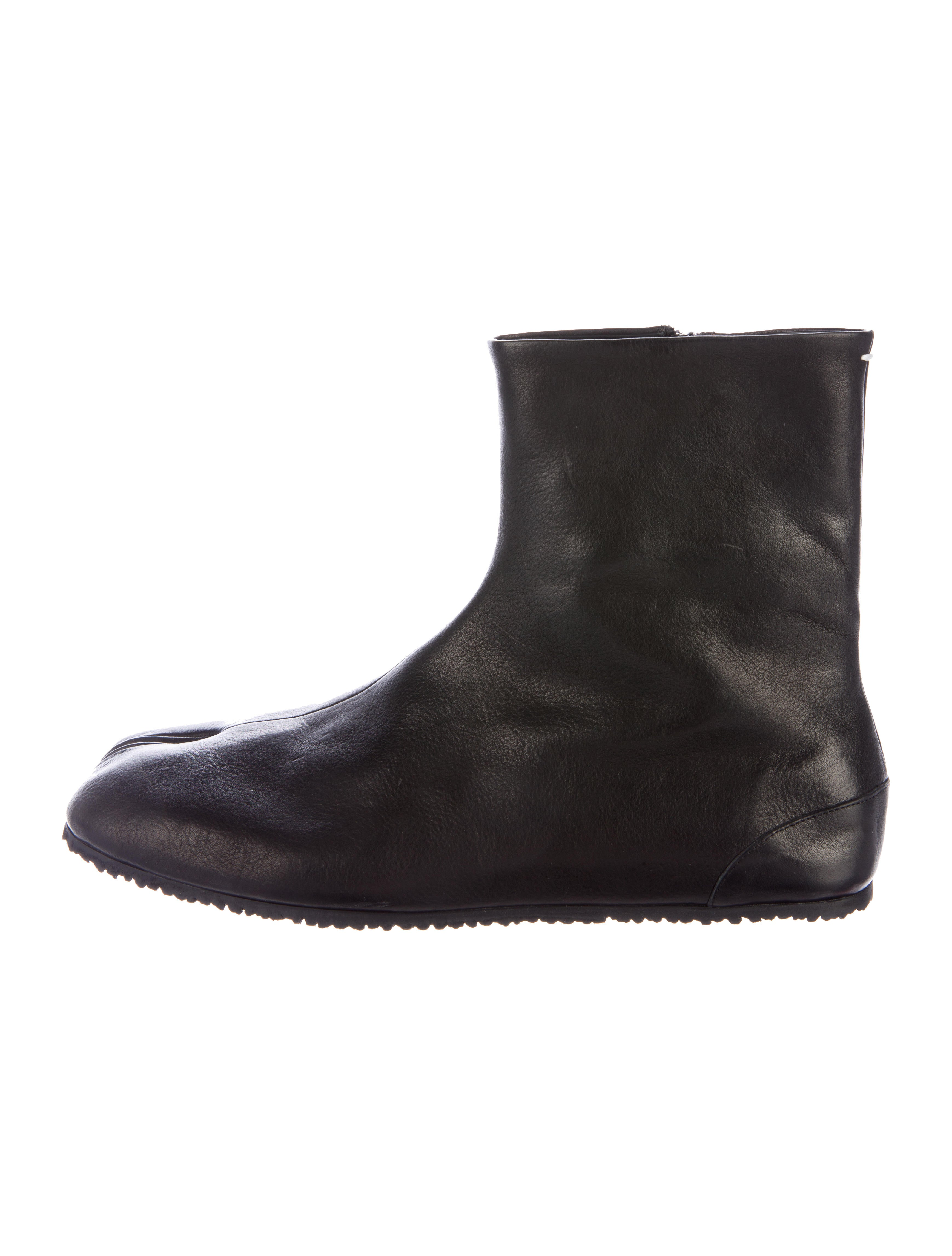 maison margiela leather tabi boots shoes mai30086