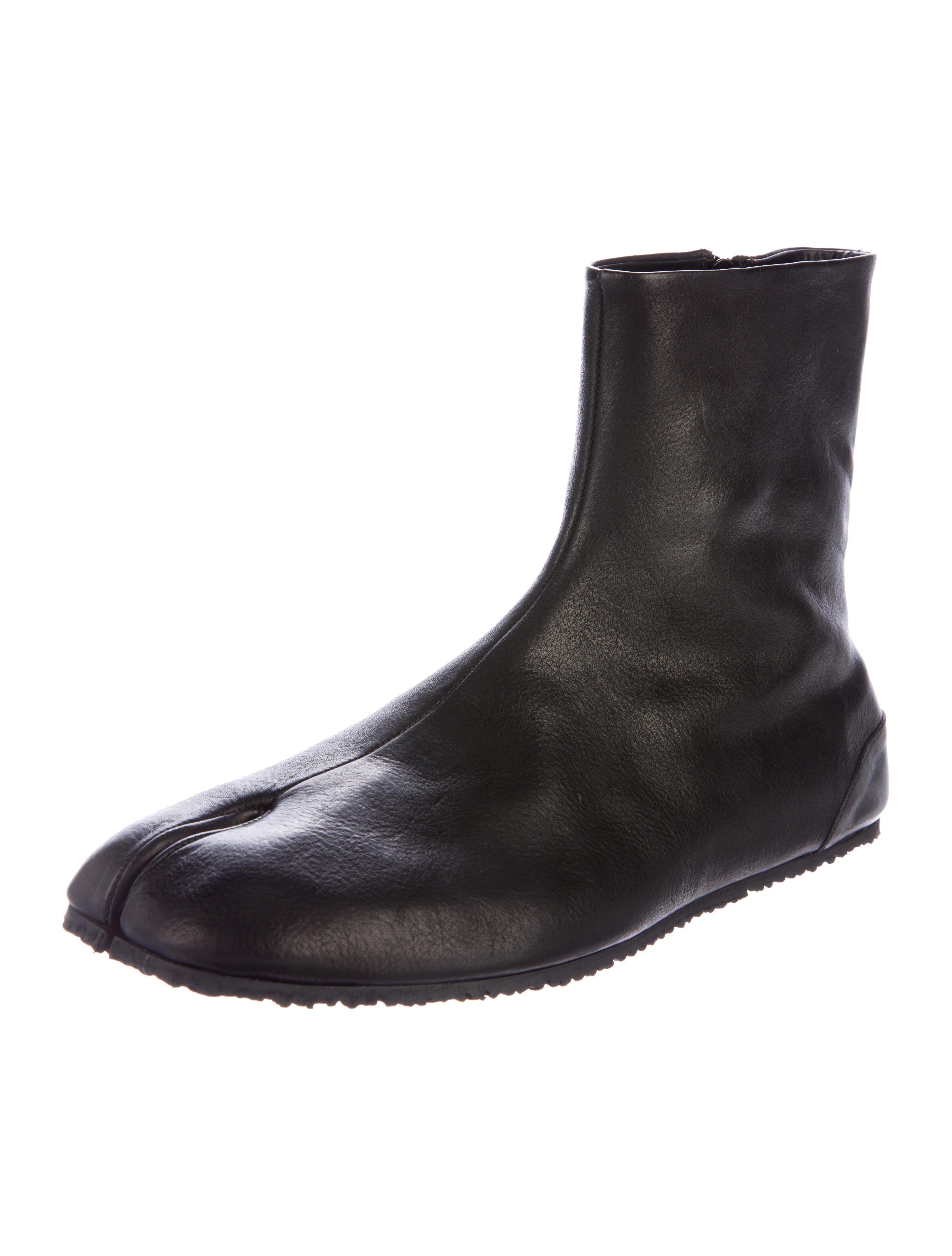 Maison Margiela Leather Tabi Boots - Shoes