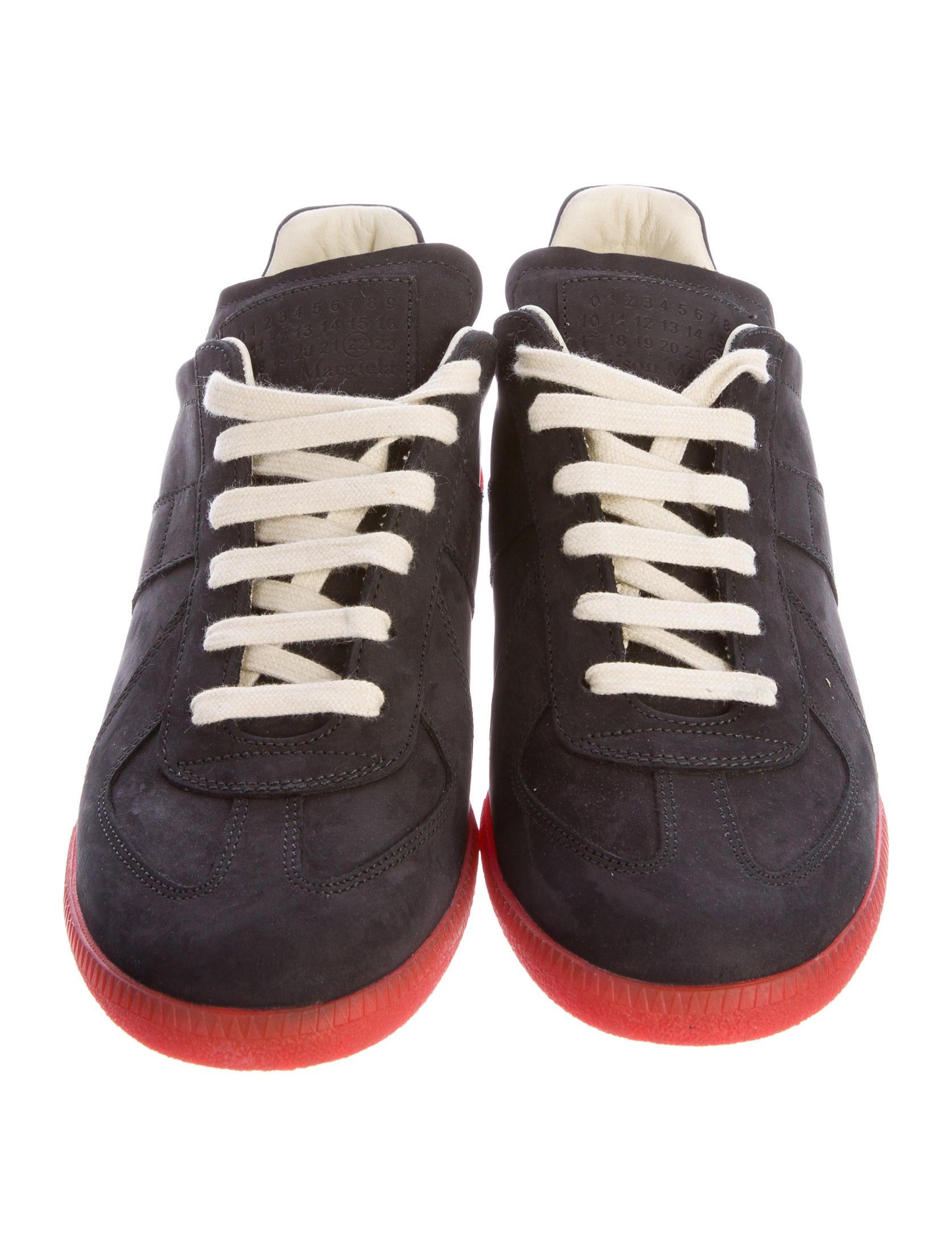 maison margiela replica nubuck sneakers mens shoes mai30784 the realreal. Black Bedroom Furniture Sets. Home Design Ideas