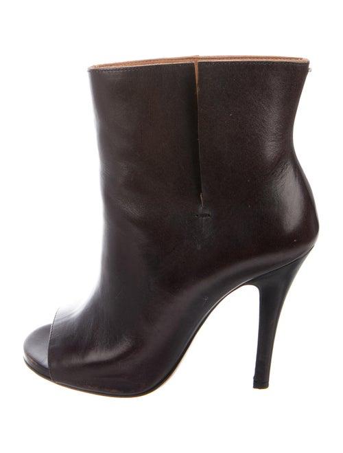 Maison Margiela Leather Cutout Accent Boots Brown