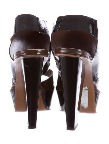 Two-Tone Patent Leather Pumps