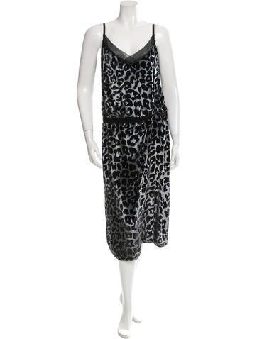 Marc Jacobs Sleeveless Velvet Dress None