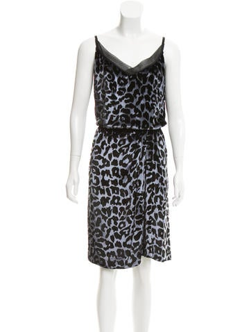 Marc Jacobs Velvet Leopard Print Dress None