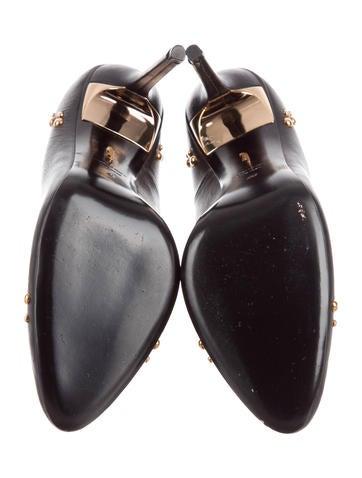 Stud-Embellished Leather Pumps