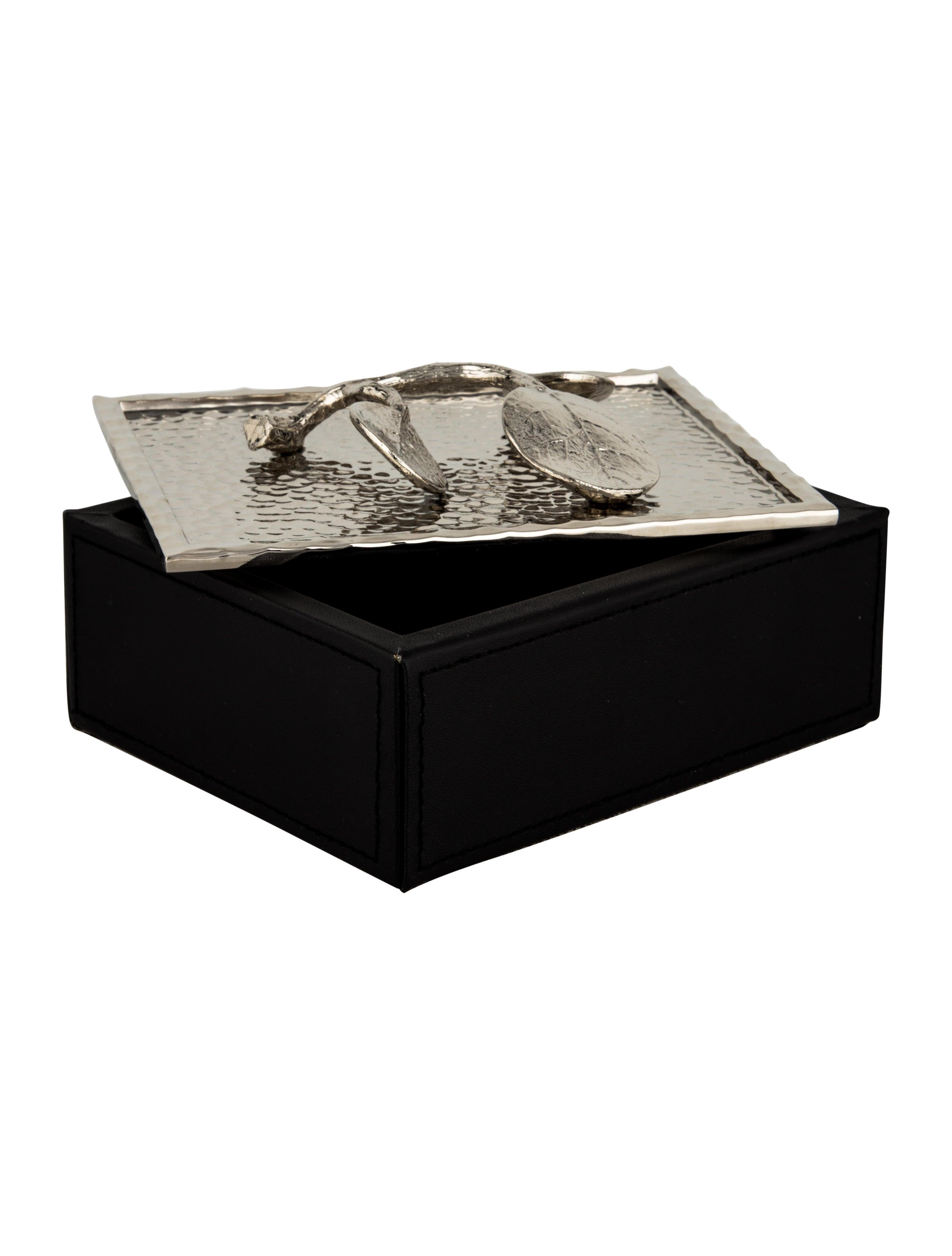 Michael Aram Botanical Leaf Jewelry Box Decor And