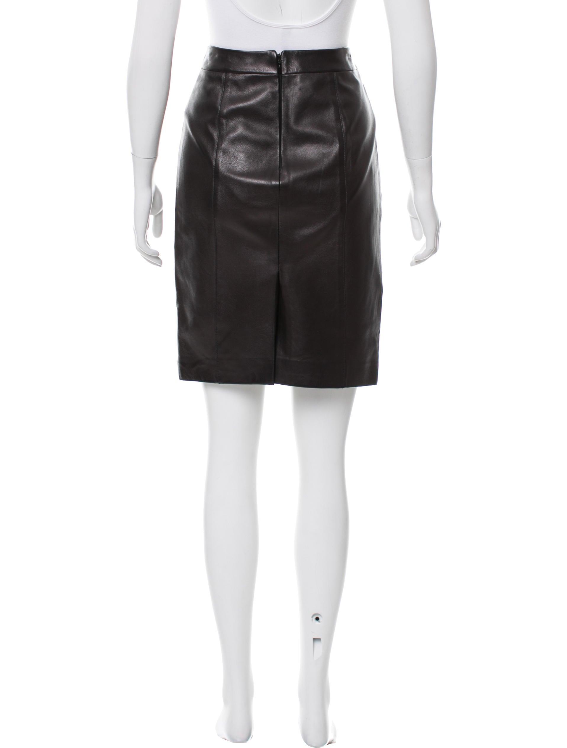 Michael Kors Knee-Length Leather Skirt - Clothing - MIC53761 | The RealReal