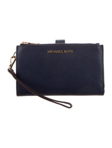 b42d934d67bf Michael Kors Clutches | The RealReal