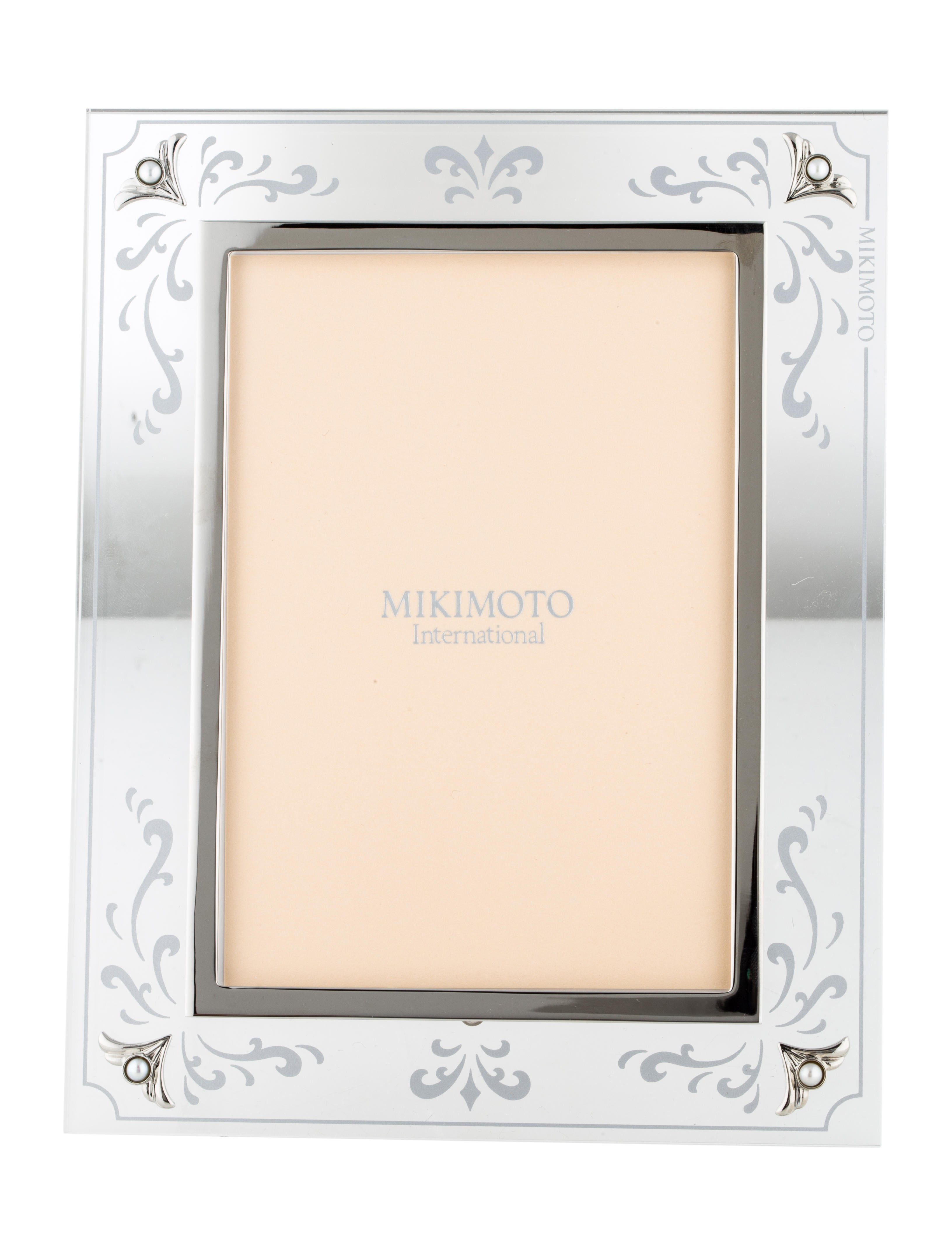 Mikimoto Frame - Decor And Accessories - MIK20235   The RealReal