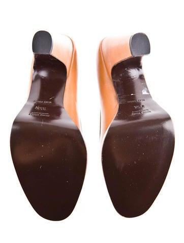 Leather Platform Pump