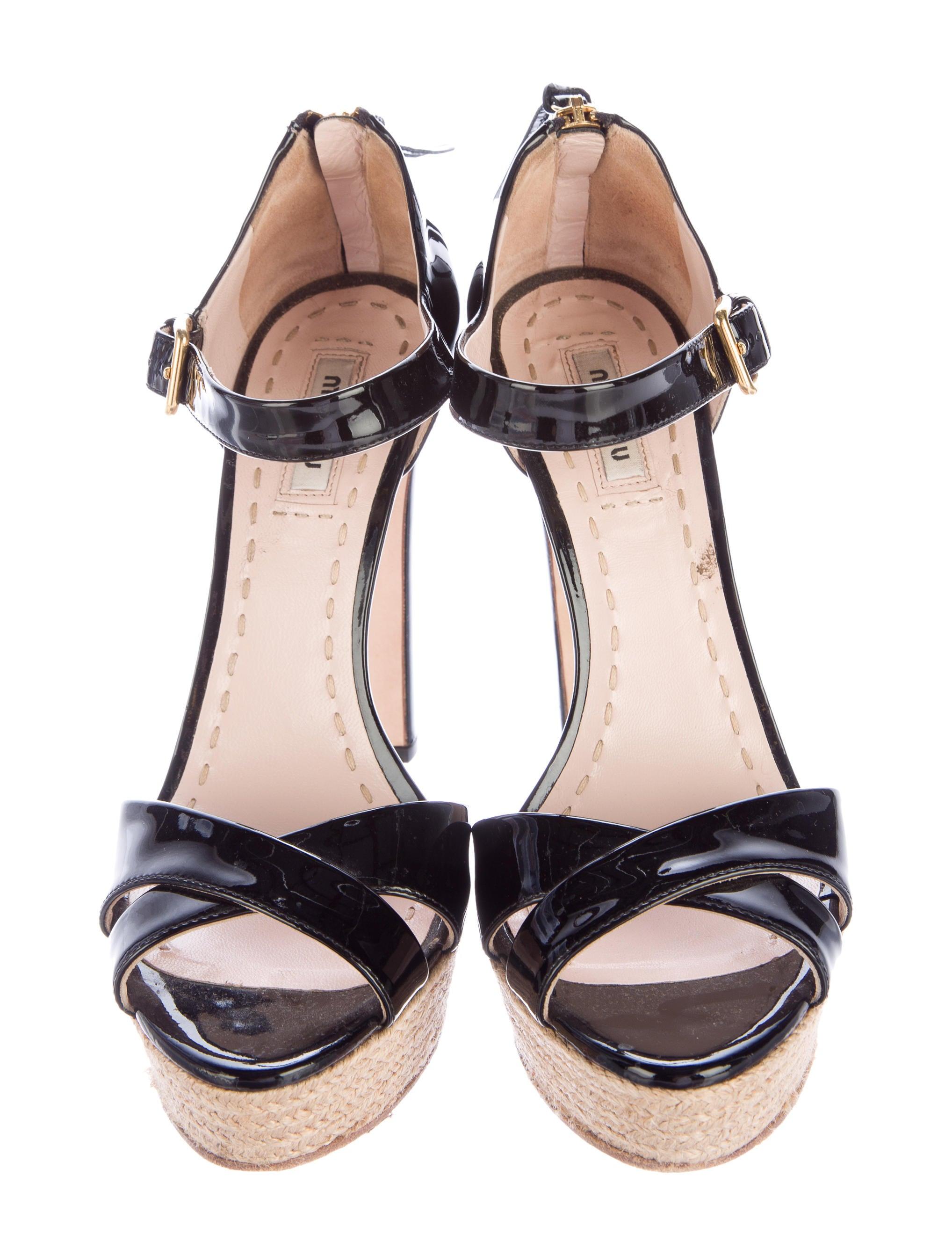 miu miu patent leather platform sandals shoes miu47059
