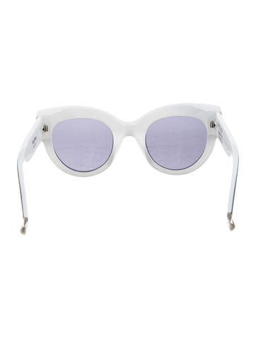 2017 Oversize Tinted Lens Sunglasses