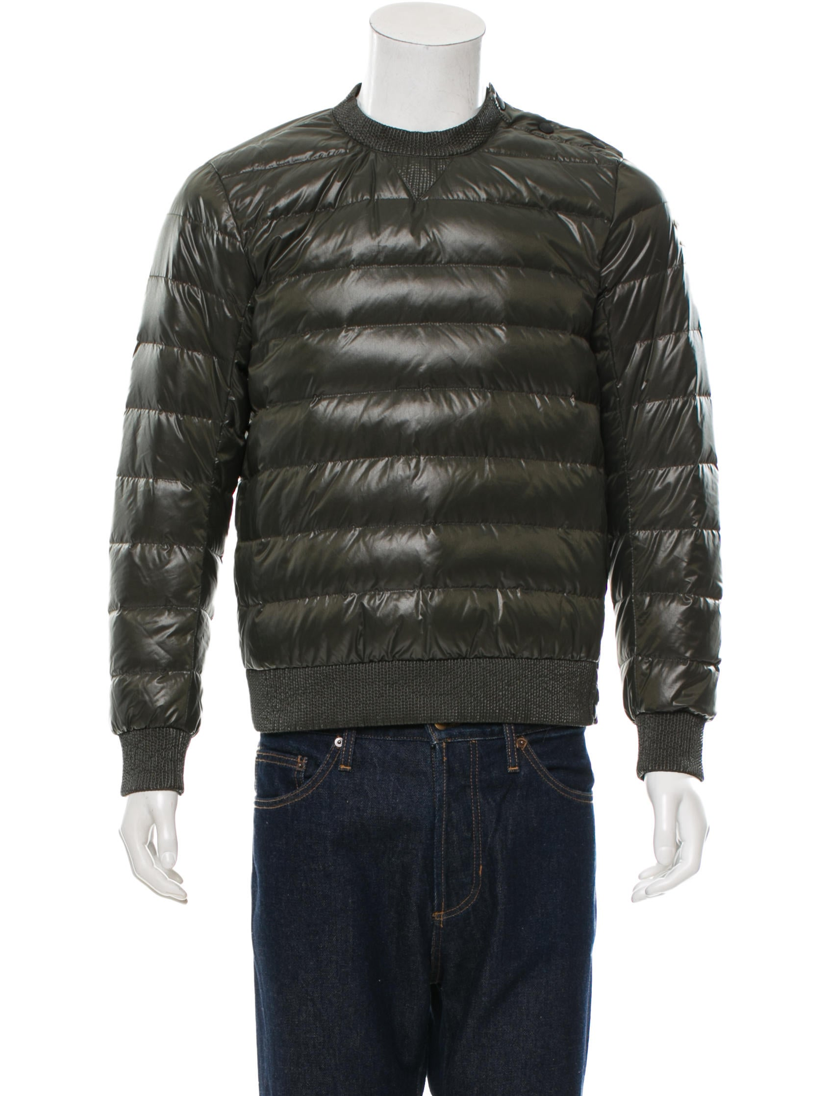 Moncler Pullover Puffer Jacket - Clothing - MOC22179 | The RealReal