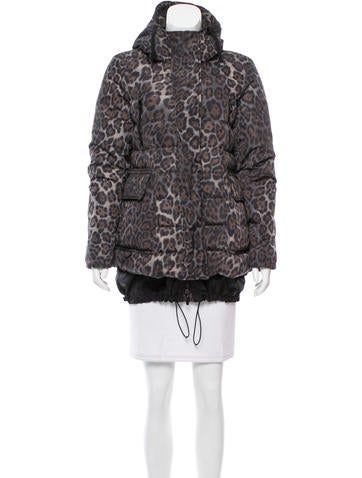 Moncler Lyn Puffer Coat
