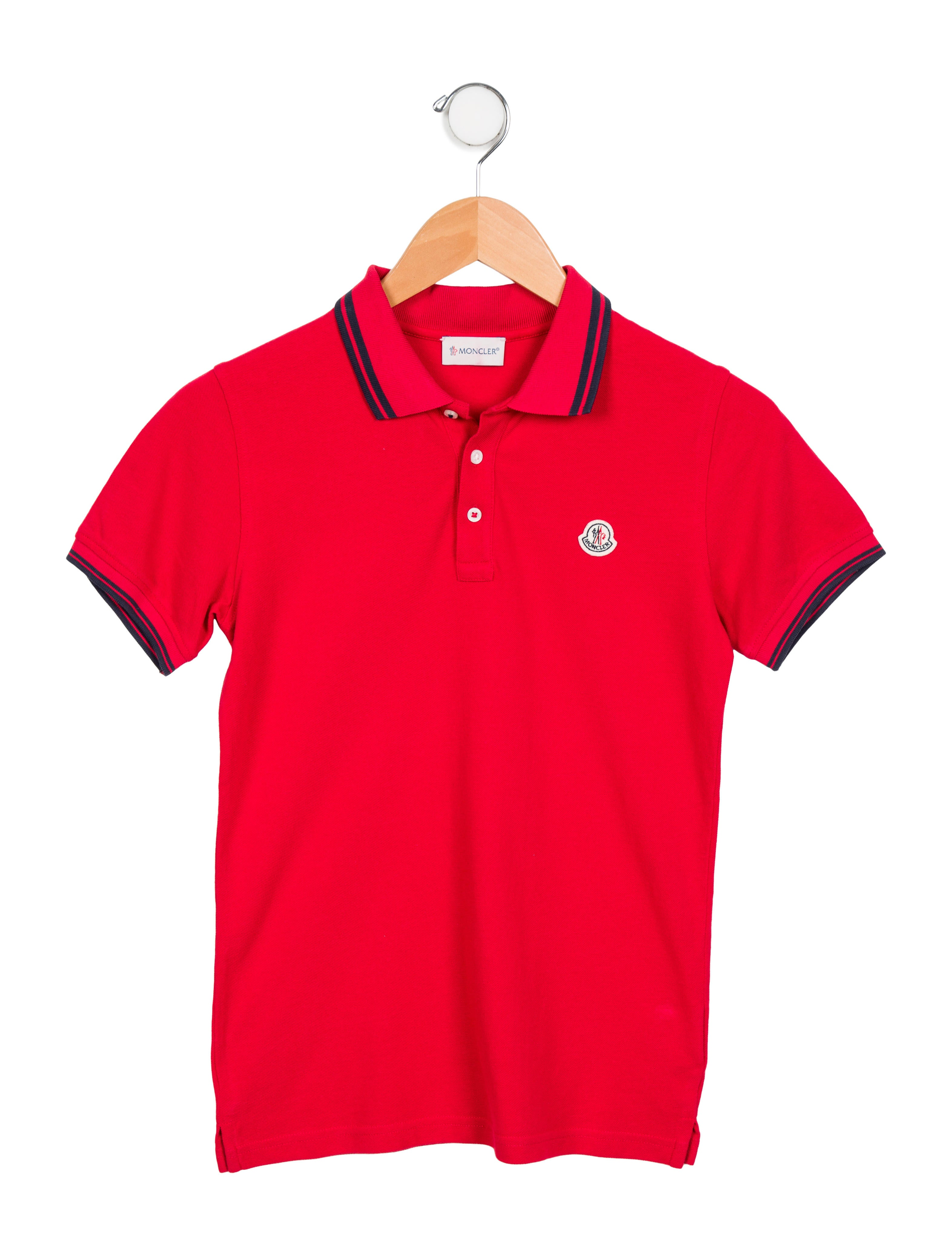 When purchasing boys' polo shirts, you have a choice of long-sleeve and short-sleeve options to suit the climate or event. Long sleeve Long-sleeve polos feature the classic three-button closure or a modern two-button style, giving him the option to show off an undershirt worn below the polo .