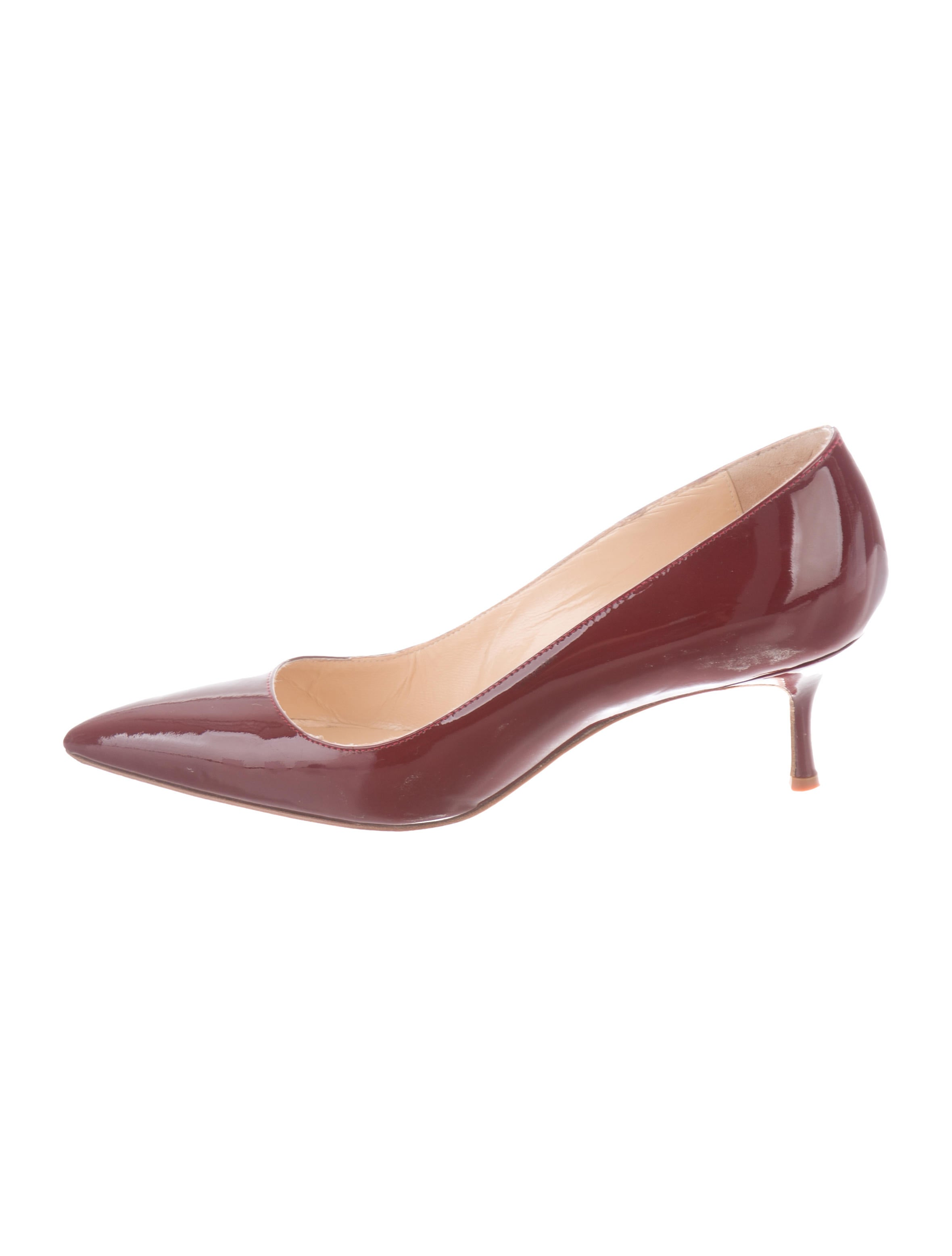 d81729a55682 Manolo Blahnik Patent Leather Pointed-Toe Pumps - Shoes - MOO106325 ...