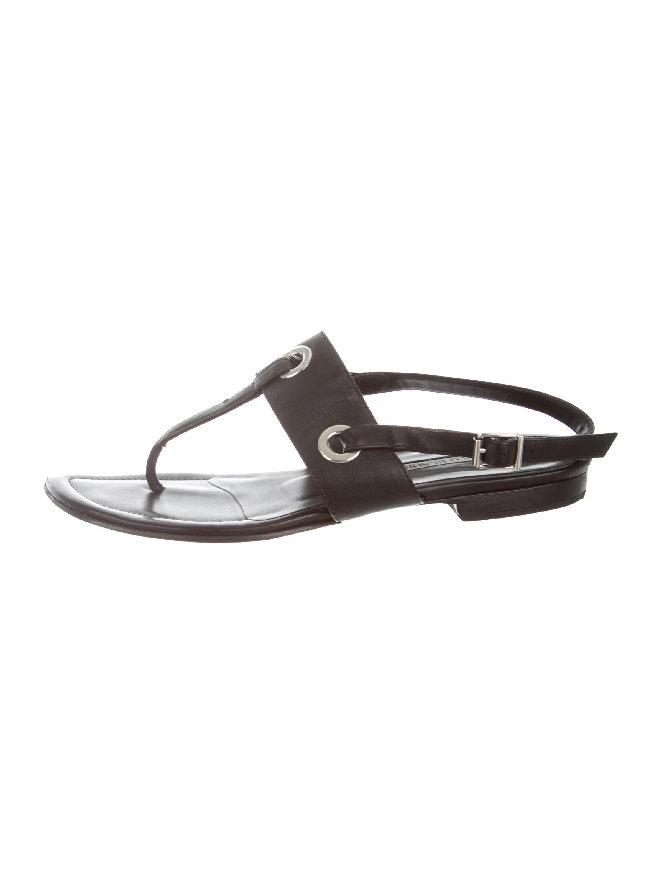 5971dc08a Manolo Blahnik Leather Slingback Sandals - Shoes - MOO109273