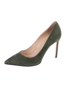 0470a4f3a5422 Manolo Blahnik. Suede Pointed-Toe Pumps. Size: US ...