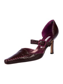 Manolo Blahnik Leather Pointed-Toe D'Orsay Pumps