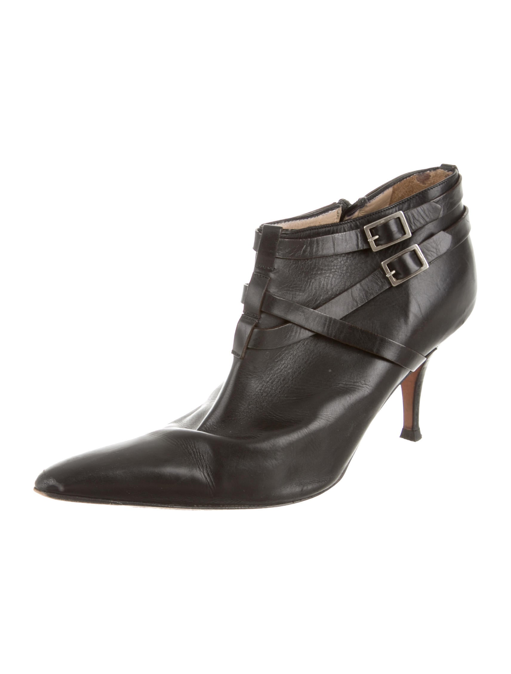 Manolo Blahnik Pointed-Toe Ankle Boots - Shoes - MOO40632 ...