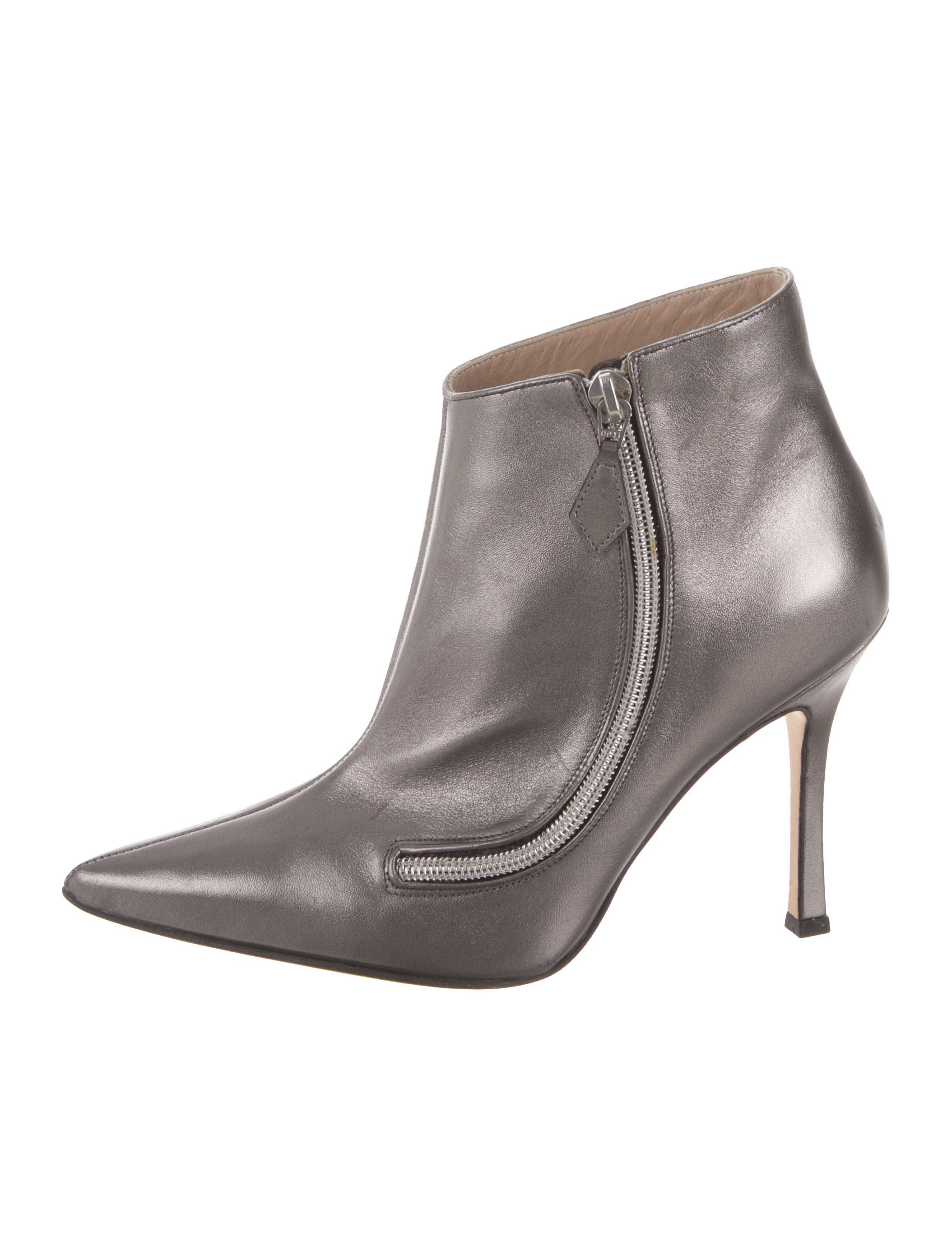 Manolo Blahnik Pointed-Toe Ankle Boots - Shoes - MOO55061 ...