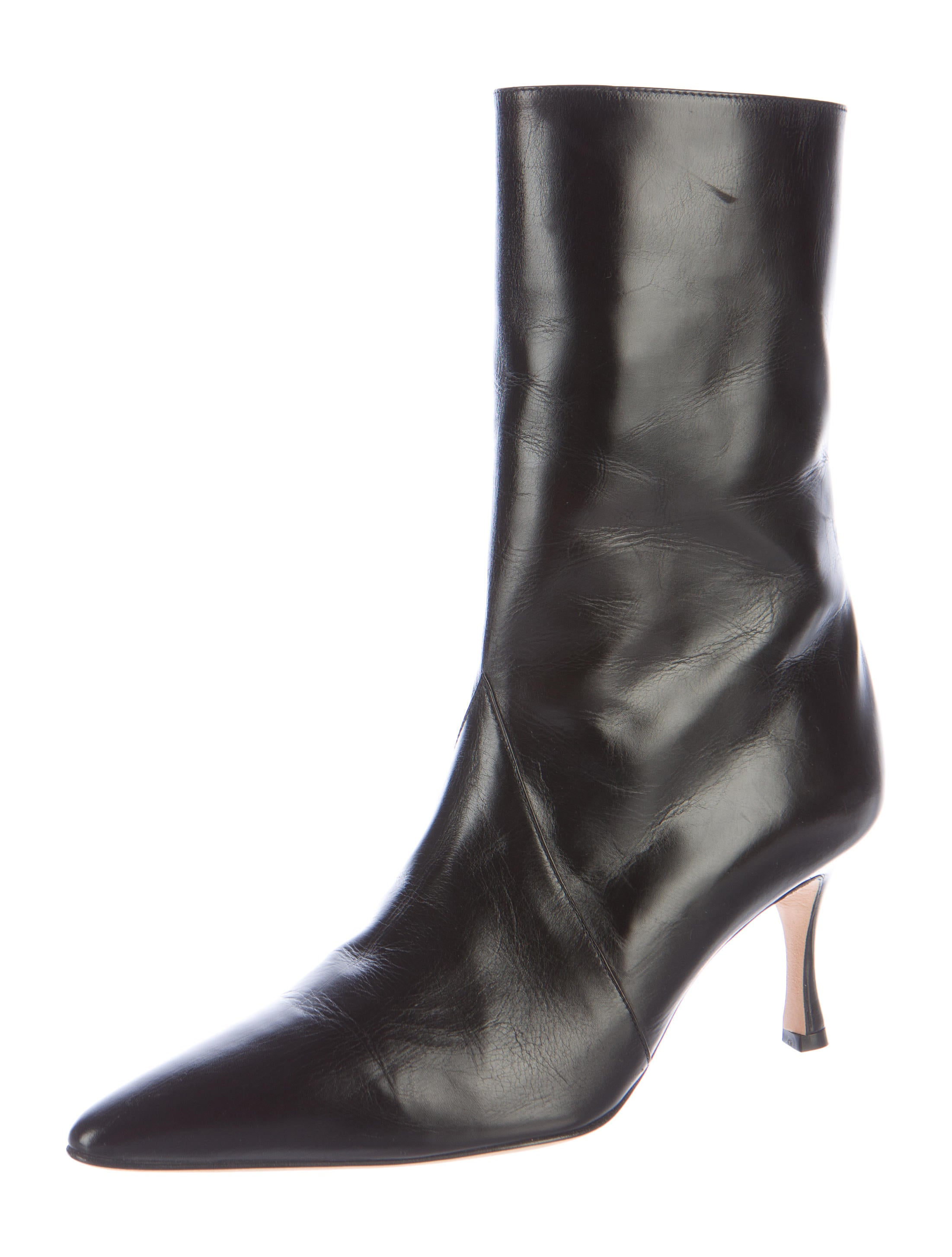 manolo blahnik pointed toe leather ankle boots shoes