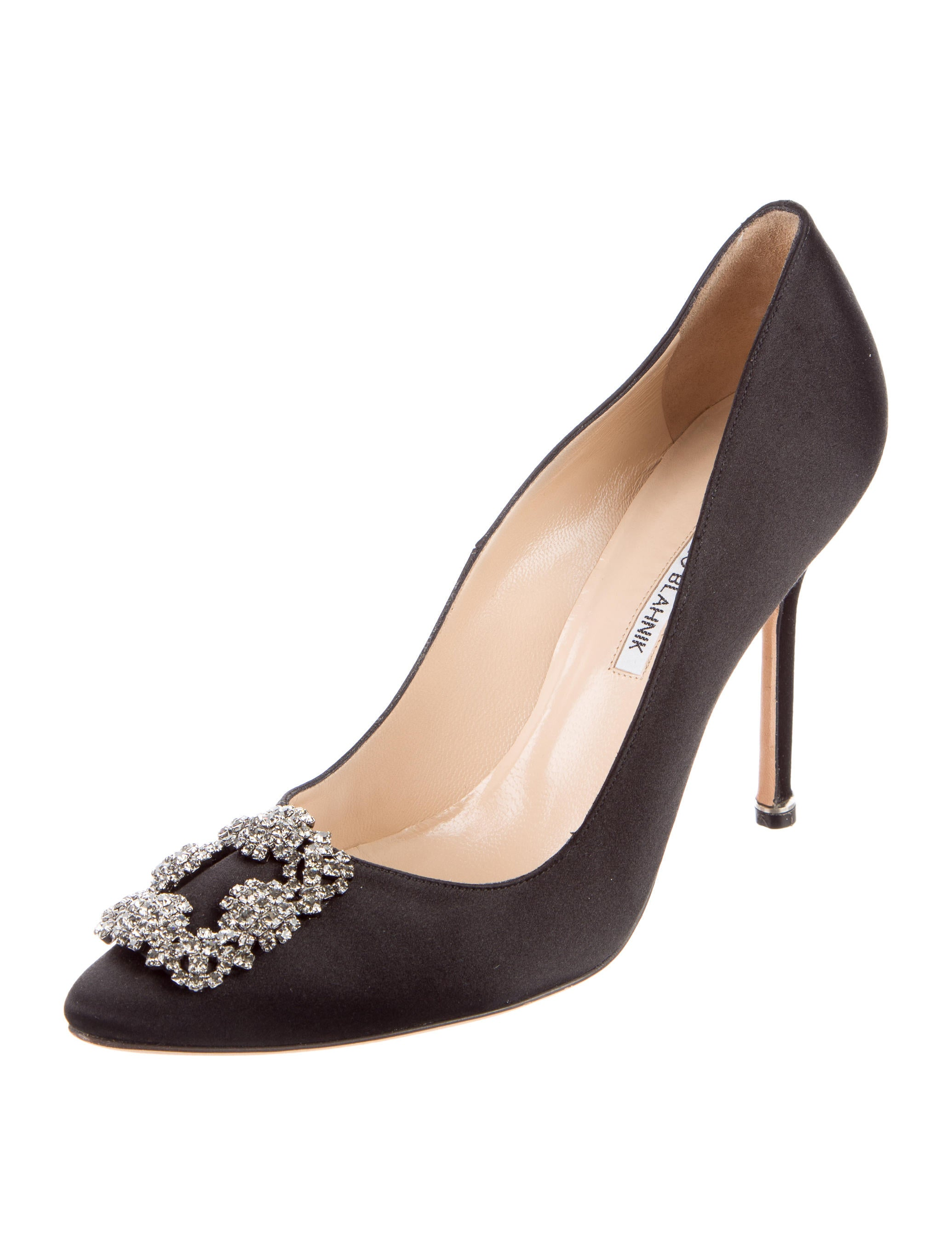 Manolo blahnik hangsisi satin pumps shoes moo61094 for Who is manolo blahnik