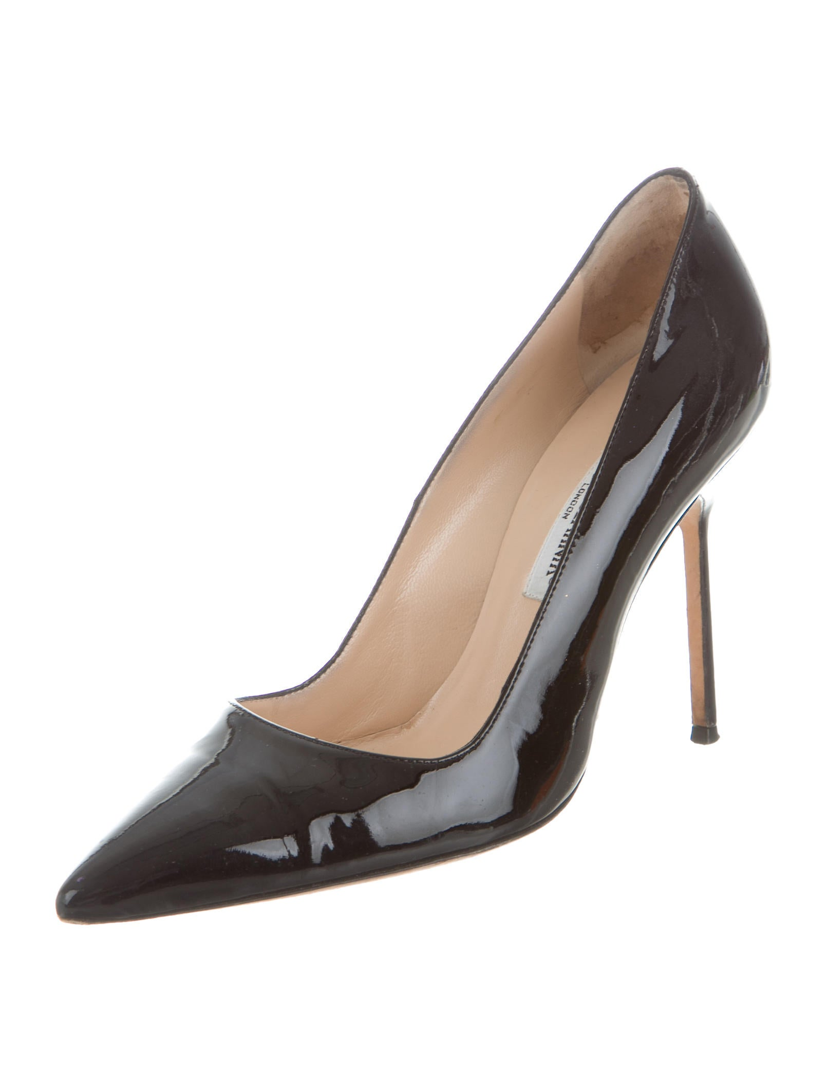 Manolo blahnik patent bb pumps shoes moo61150 the for Shoes by manolo blahnik