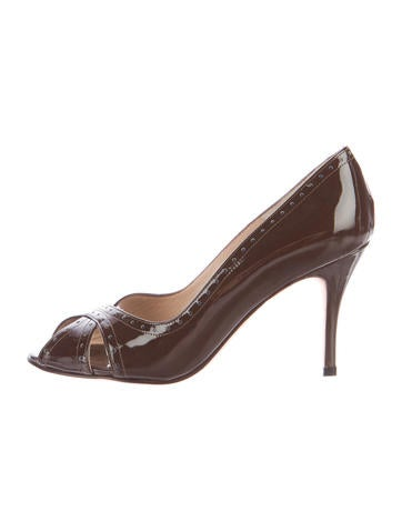 Manolo Blahnik Brogue-Trimmed Patent Pumps