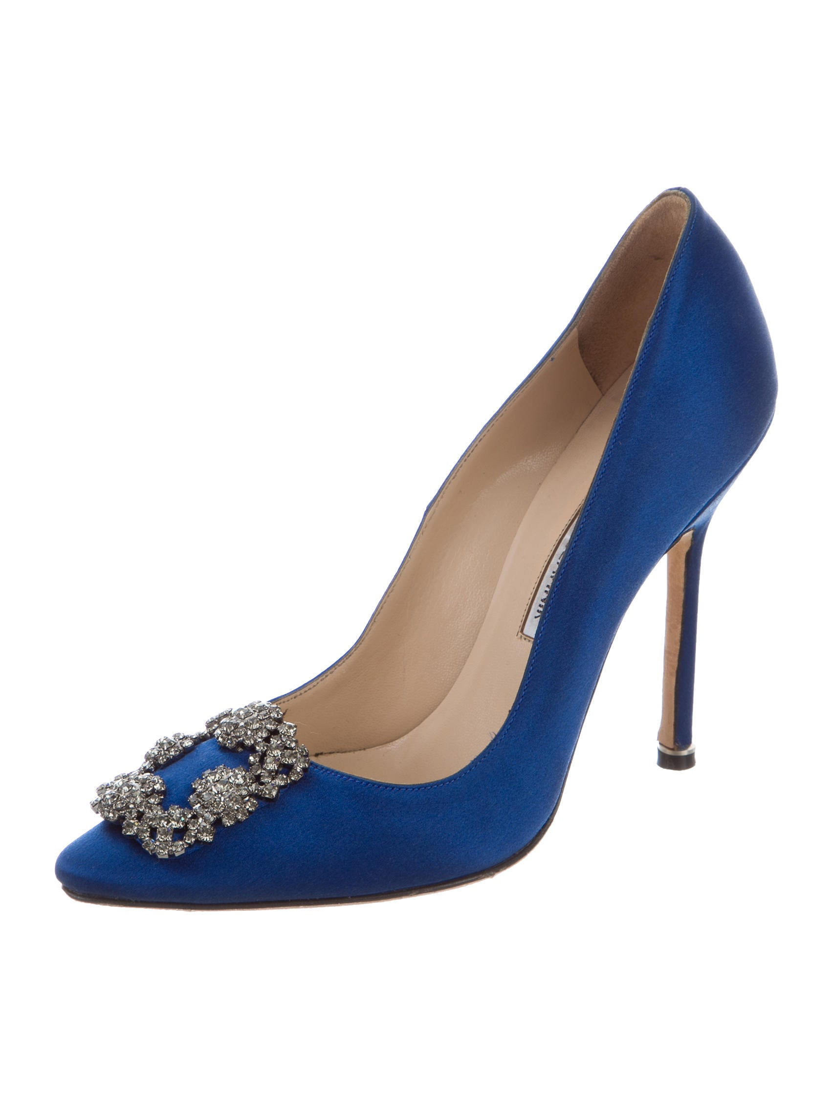 Manolo blahnik embellished hangisi pumps shoes for Shoes by manolo blahnik