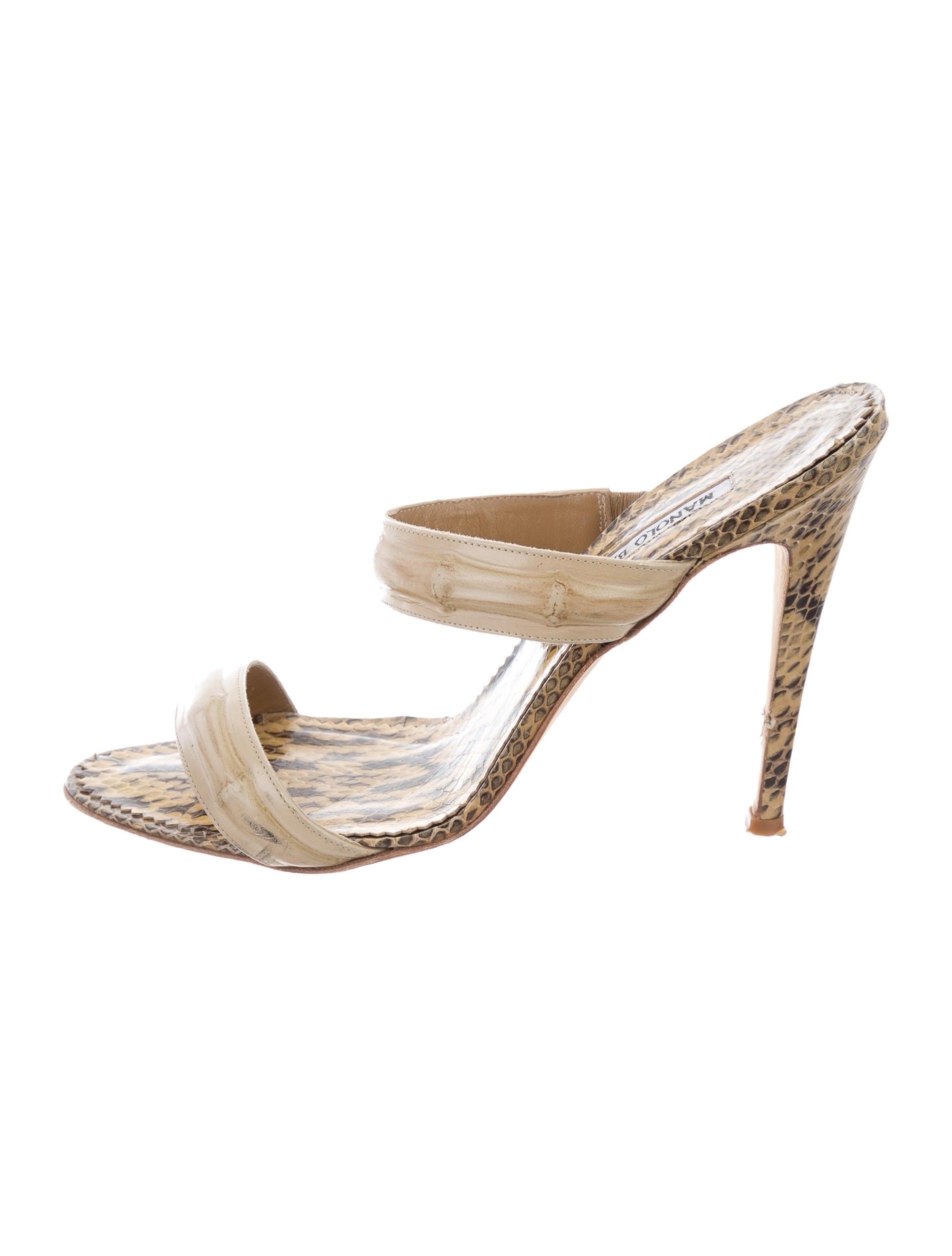 100% authentic outlet footaction Manolo Blahnik Snakeskin-Trimmed Slide Sandals online sale Zjq3SZ