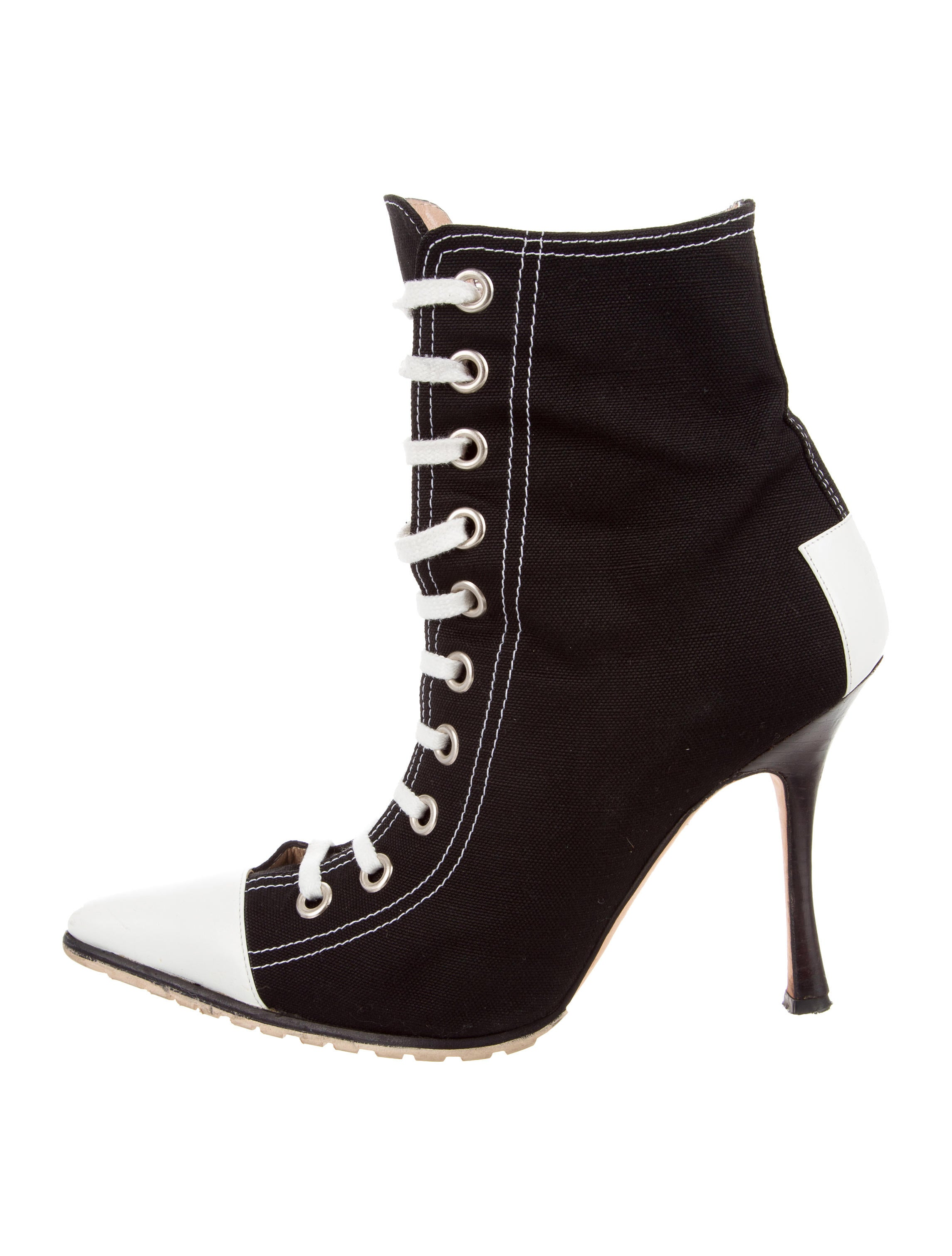 the cheapest online Manolo Blahnik Canvas Lace-Up Boots buy cheap eastbay free shipping amazing price CFtyD