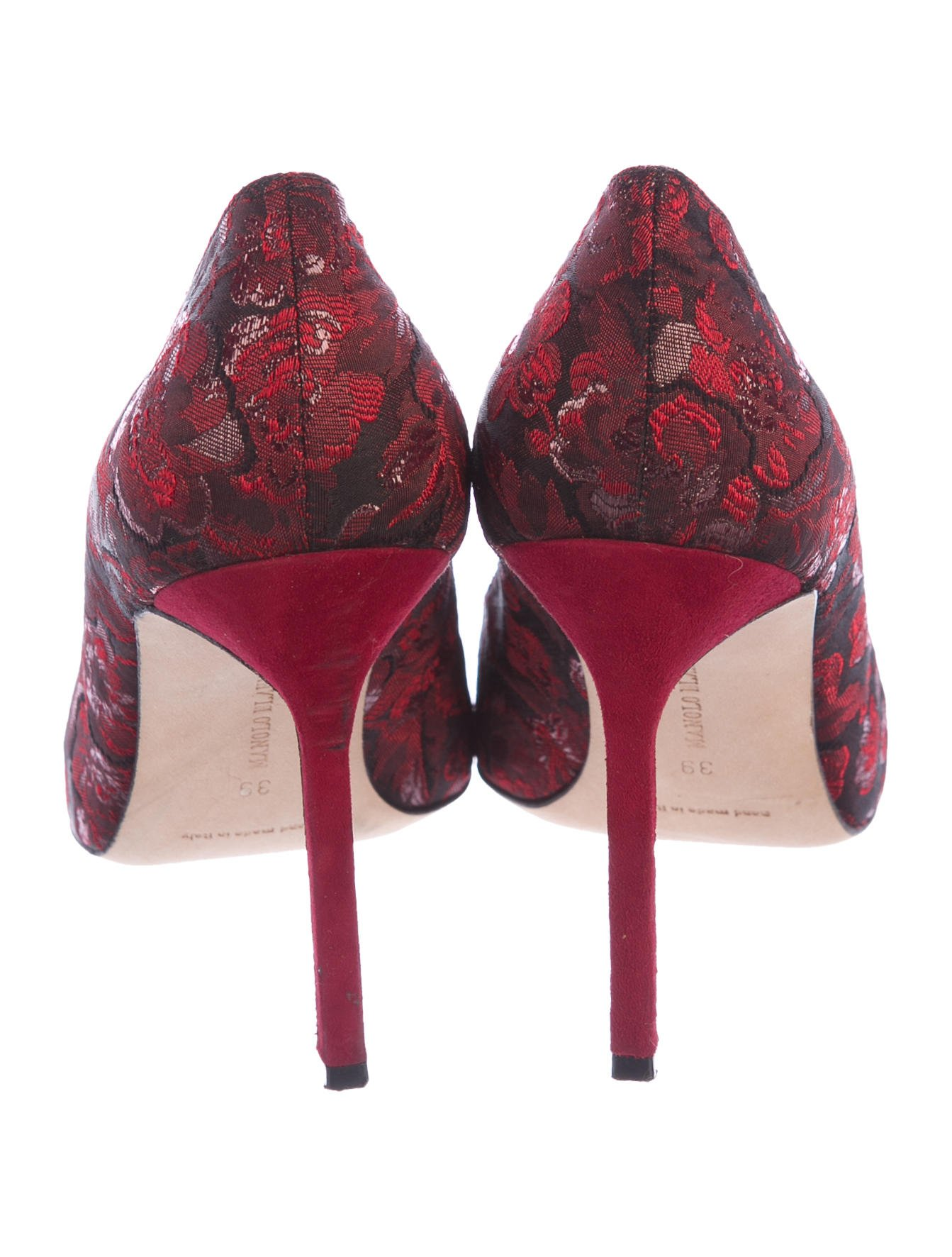 Manolo Blahnik Brocade Pointed-Toe Pumps sale pay with paypal free shipping fashion Style N4krxDQr