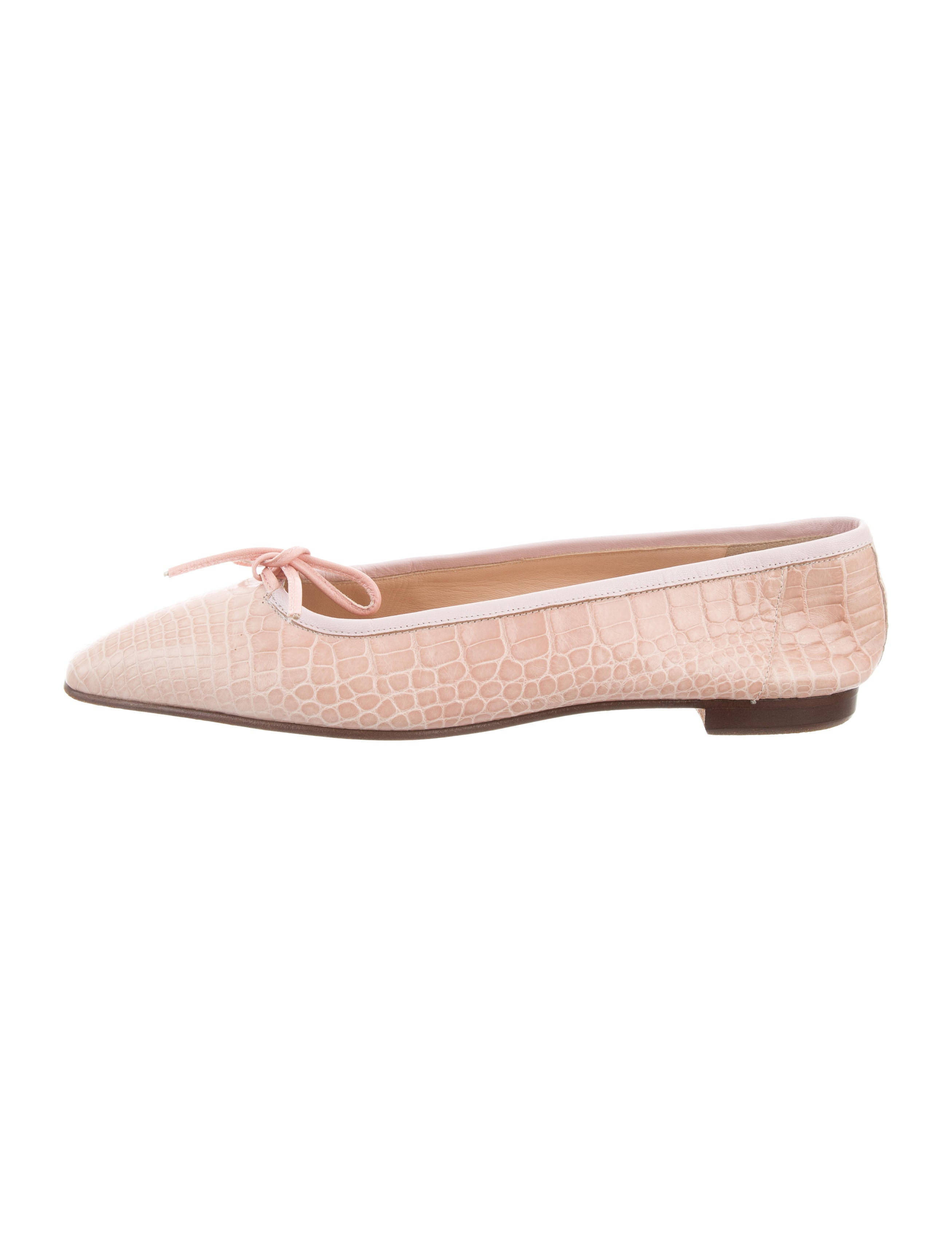 clearance largest supplier Manolo Blahnik Alligator Square-Toe Flats buy cheap discount with credit card online cheap sale perfect I7ncv