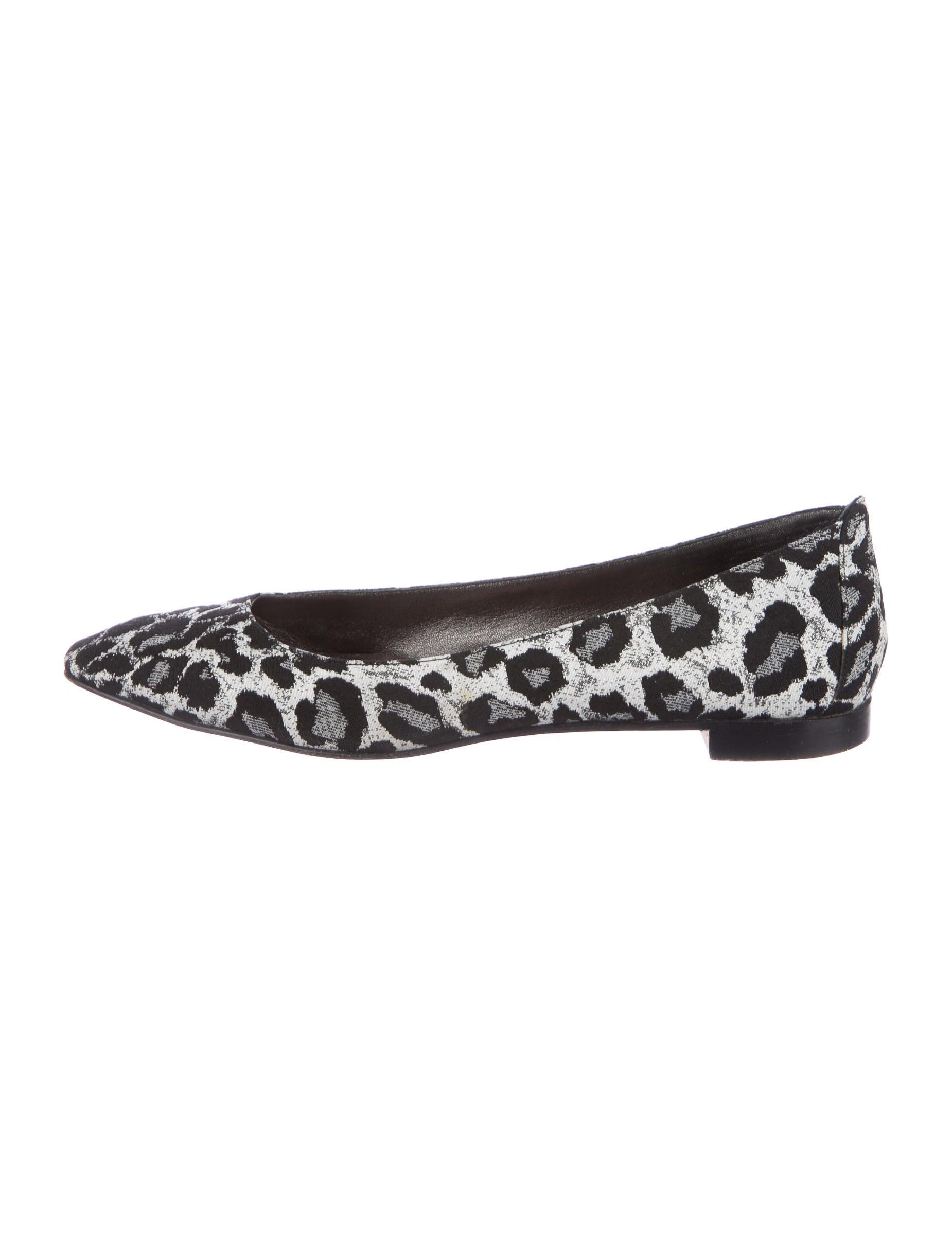 high quality cheap online Manolo Blahnik Canvas Round-Toe Flats buy cheap big discount ybqAaswMBQ