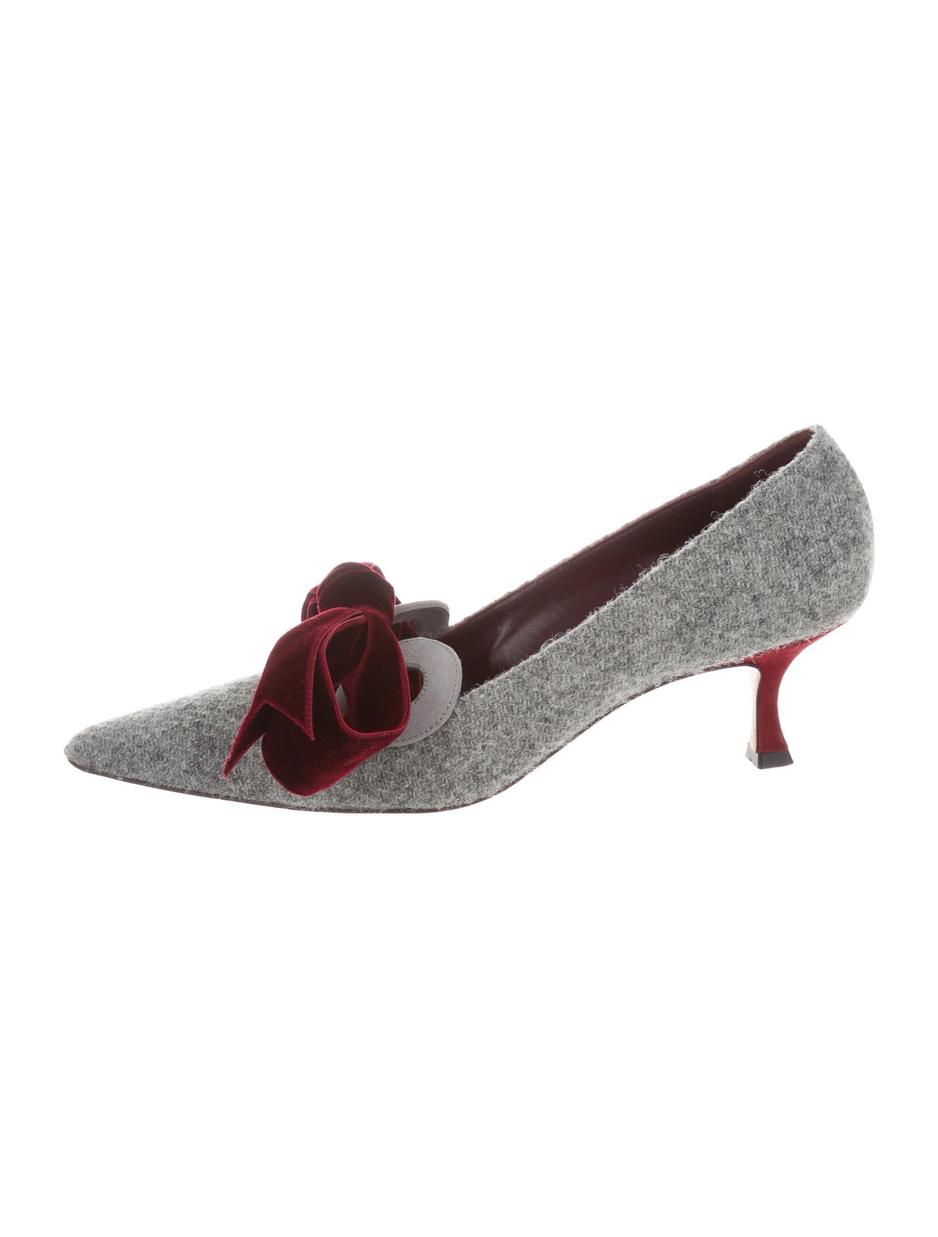 Manolo Blahnik Woven Bow-Accented Pumps outlet finishline outlet locations cheap online for sale official site 4EZKjZH