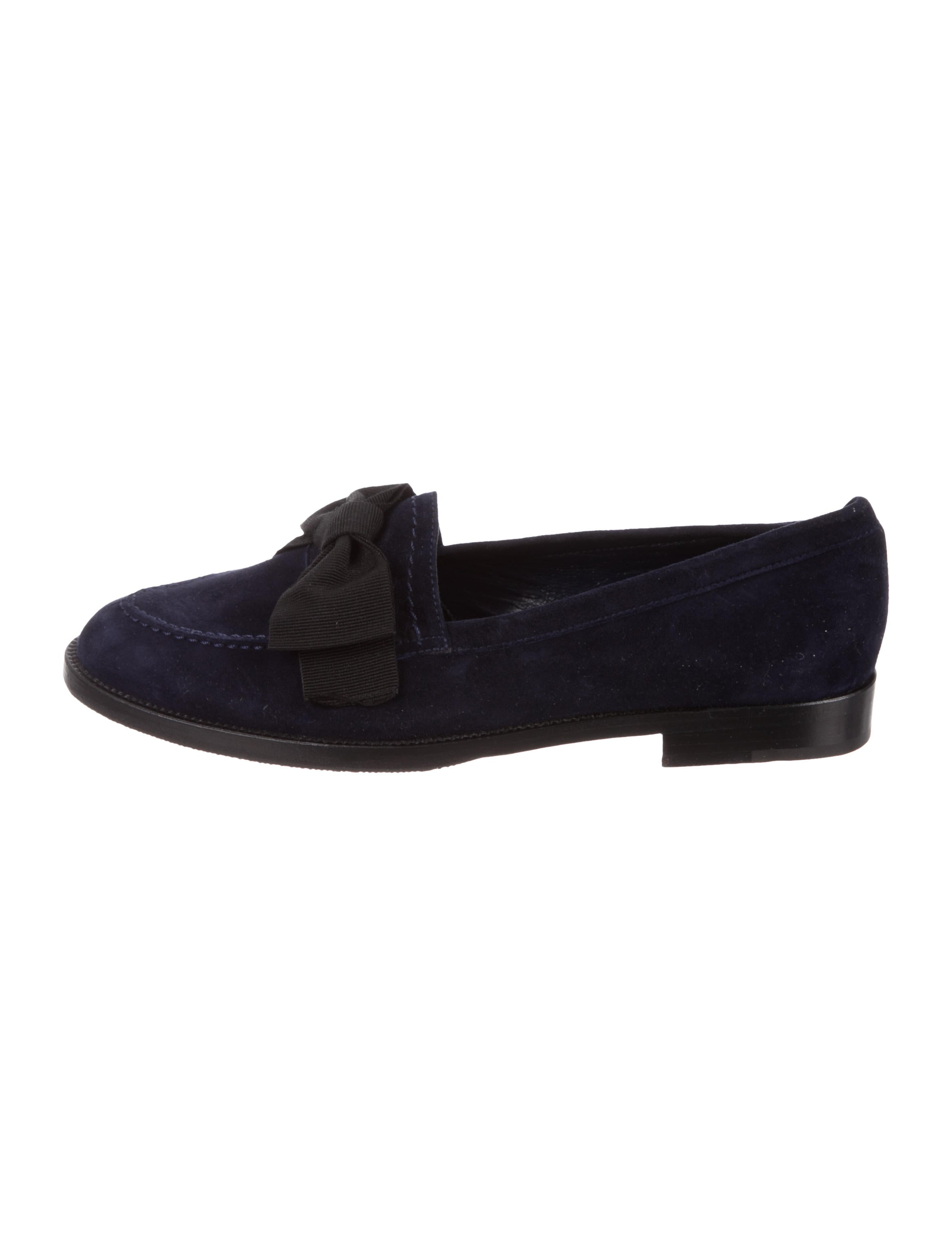 Manolo Blahnik Bow-Accented Suede Loafers cheap sale 2014 newest best sale online amazing price cheap online cheap comfortable for sale official site ngLK813kvp