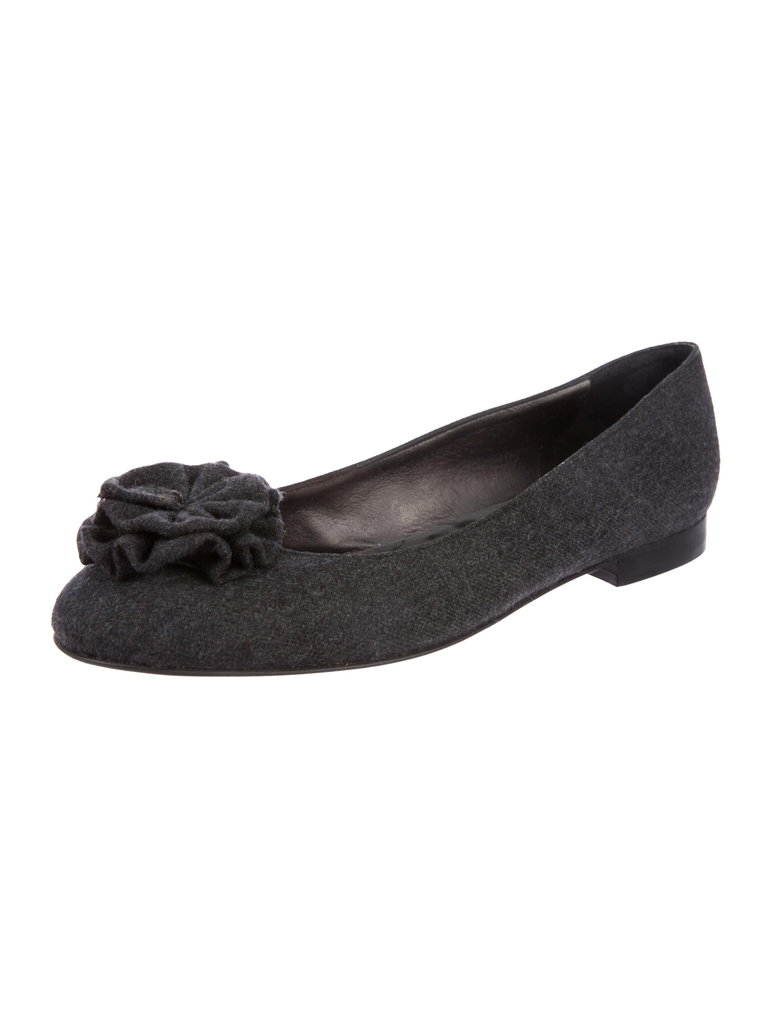 2014 for sale Manolo Blahnik Felt Round-Toe Flats cheap price pre order purchase sale online 2015 cheap online M4pk2I