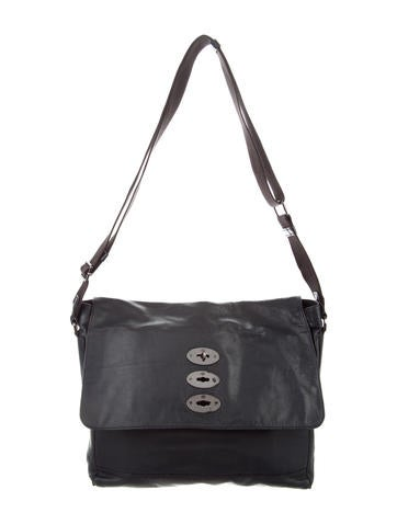 918f2bee4fa Annie Shoulder Bag.  295.00 · Mulberry