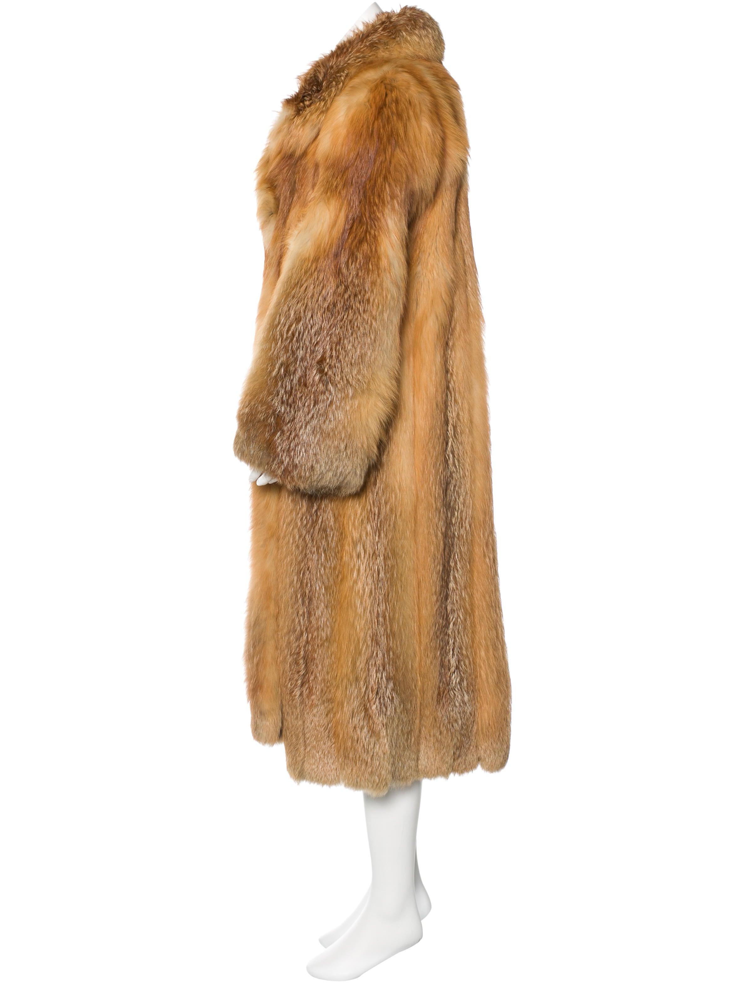 neiman marcus long fox fur coat clothing nemrc20149. Black Bedroom Furniture Sets. Home Design Ideas