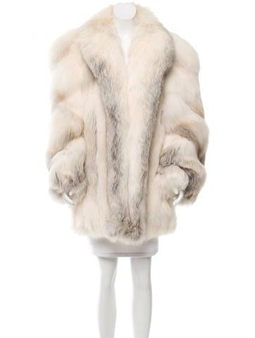 neiman marcus short fox fur coat clothing nemrc20206. Black Bedroom Furniture Sets. Home Design Ideas