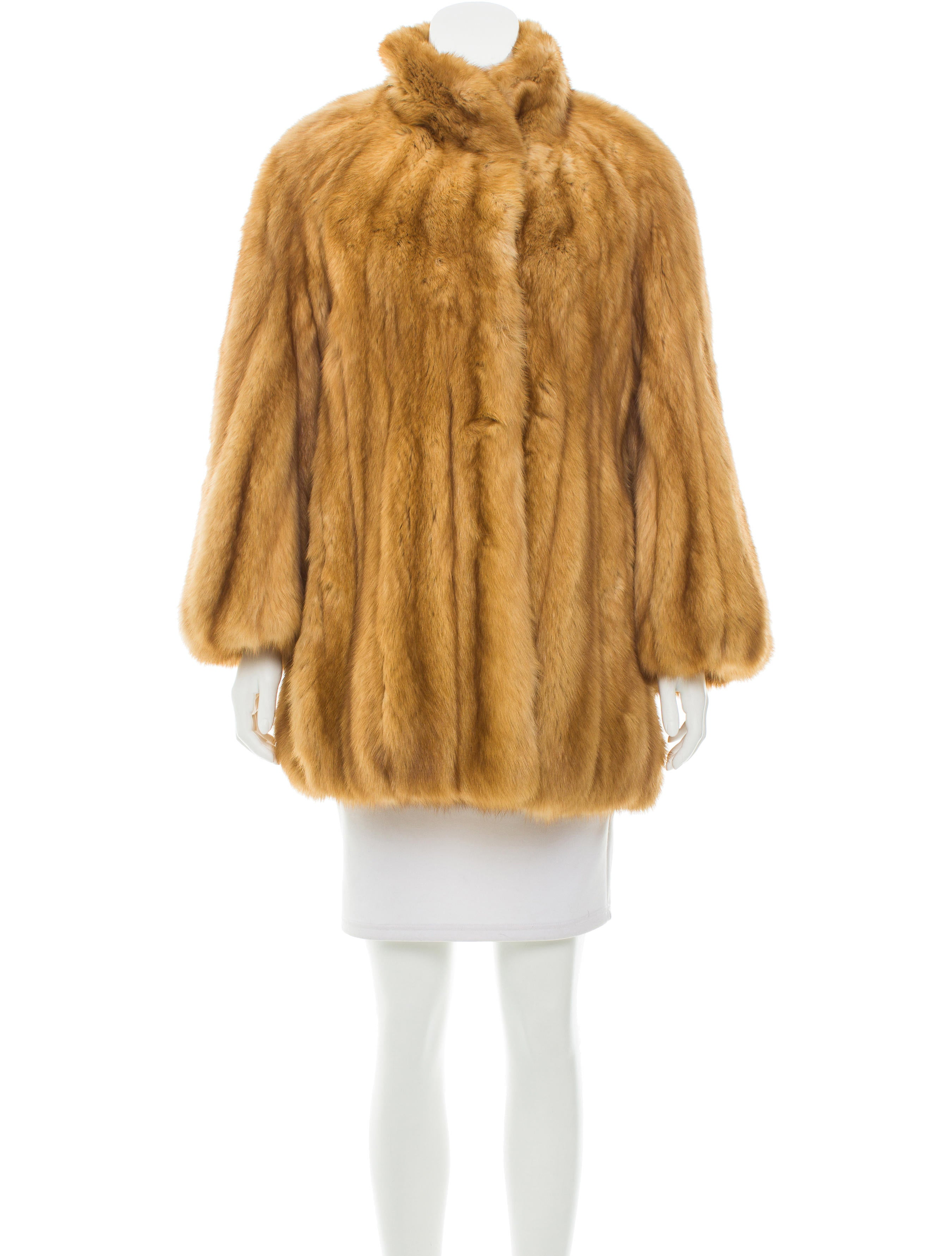 neiman marcus structured fur coat clothing nemrc20374. Black Bedroom Furniture Sets. Home Design Ideas