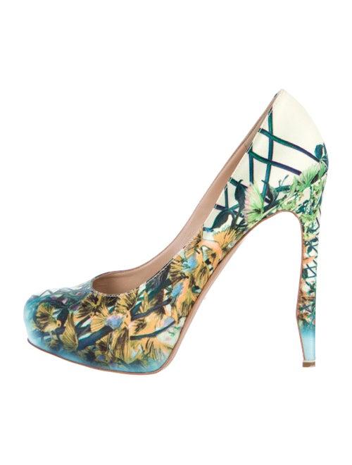 9106a7d848f4 Nicholas Kirkwood Satin Printed Pumps - Shoes - NIC24774