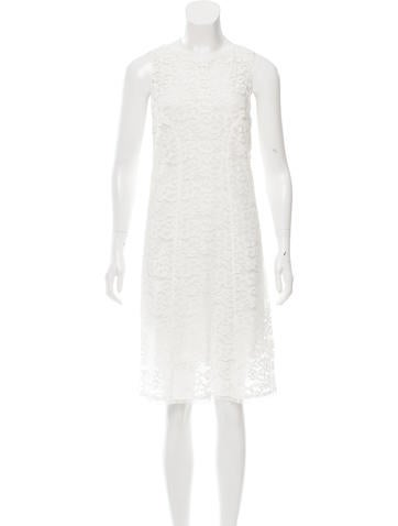 Nina Ricci Sleeveless Lace Dress None