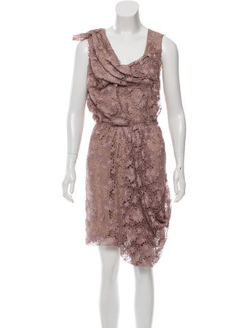 Nina Ricci Sleeveless Knee-Length Dress None