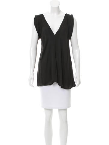 Nina Ricci V-Neck Sleeveless Top None