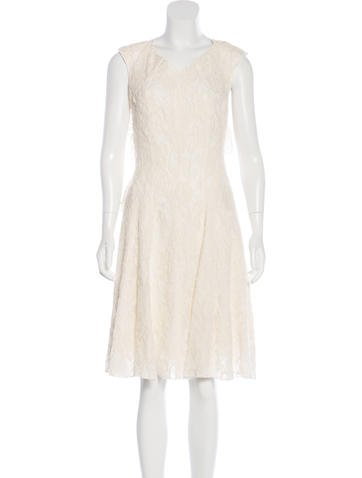 Nina Ricci Wool Lace Dress None
