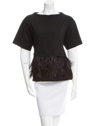 No. 21 Feather-Trimmed Short Sleeve Top None