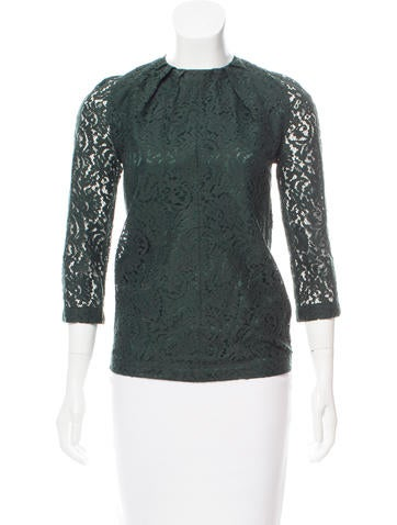 No. 21 Lace Three-Quarter Sleeve Top None